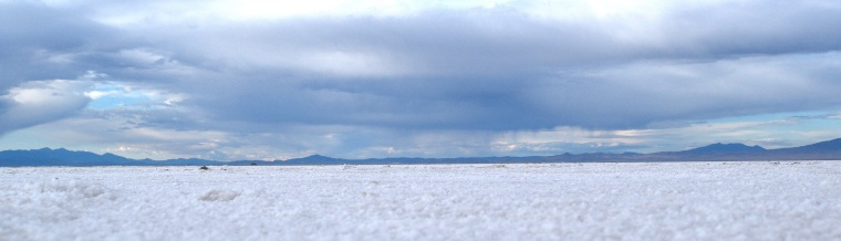 Wandering The Bonneville Salt Flats Utah - togetherintransit.nl