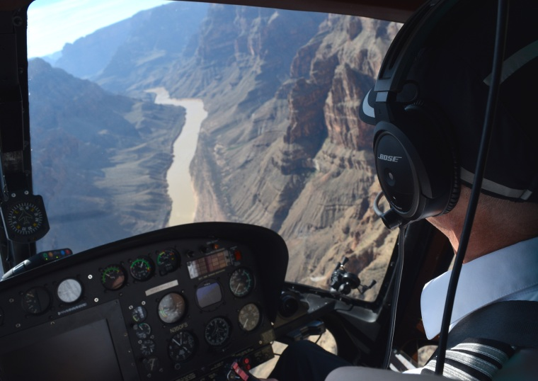 Grand Canyon Helicopter Tour US road trip togetherintransit.nl 4
